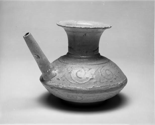 Unidentified artist Chinese, Song dynasty (960 – 1279) Wine Vessel ceramic